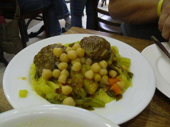 Manou Ba Shouk : The best Couscous in the world!