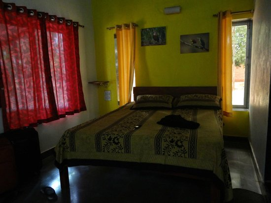 The Jungle Resort Amba : Large Room