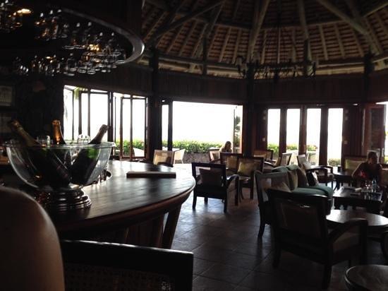 Veranda Paul & Virginie Hotel & Spa : Bar and Lounge
