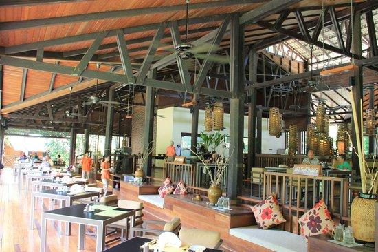 Borneo Rainforest Lodge: Dining area