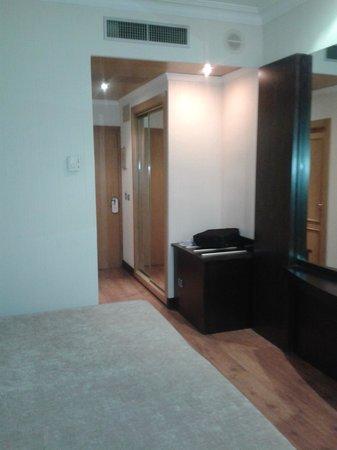 Saray Hotel: Habitación.1