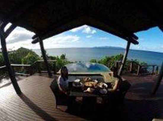 Nanuku Auberge Resort: Breakfast with a vew