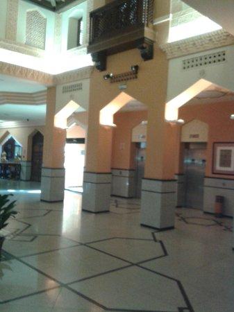 Saray Hotel: Lobby/recepción