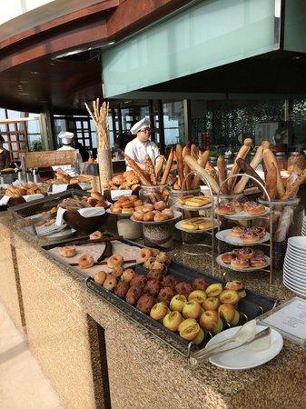 Grand Hyatt Kuala Lumpur: Breakfast