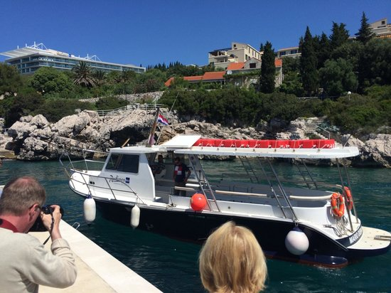 Radisson Blu Resort & Spa at Dubrovnik Sun Gardens: The Radisson's own boat service to Dubrovnik's Old Town. Roughly 40 minute transfer by boat with