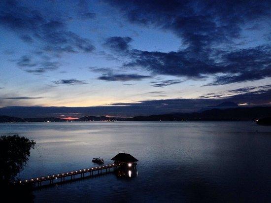 Gaya Island Resort : My room: Kinabalu Villa 852. Sunrise ,5:24am,  really great!