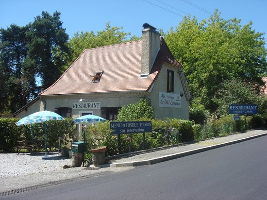 Escures, France : L'auberge