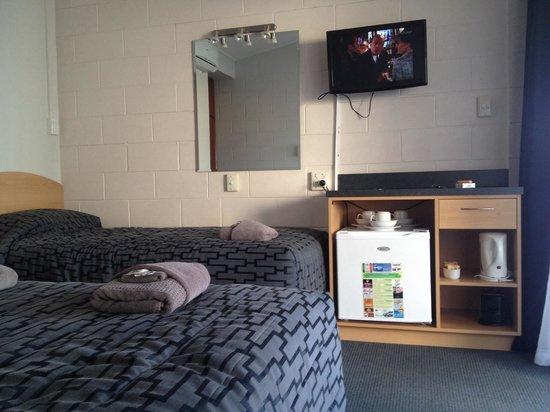 Ocean Beach Hotel: Twin room