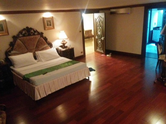 Bohol Tropics Resort: Bedroom