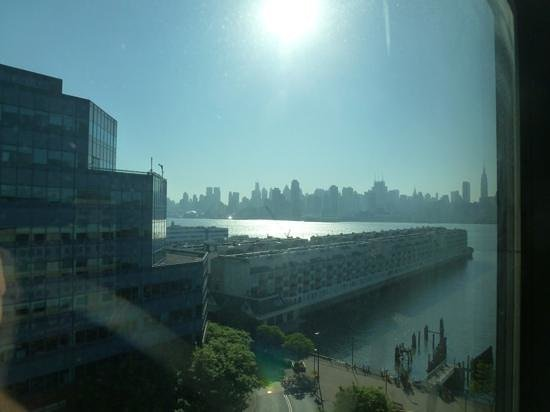 Sheraton Lincoln Harbor Hotel: view from hotel room sheraton, weehawken