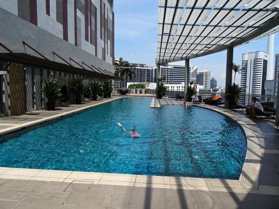 Ascott Kuala Lumpur: Beautiful pool