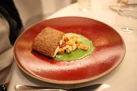 Galvin at Windows Restaurant: stone Seabass was yummy