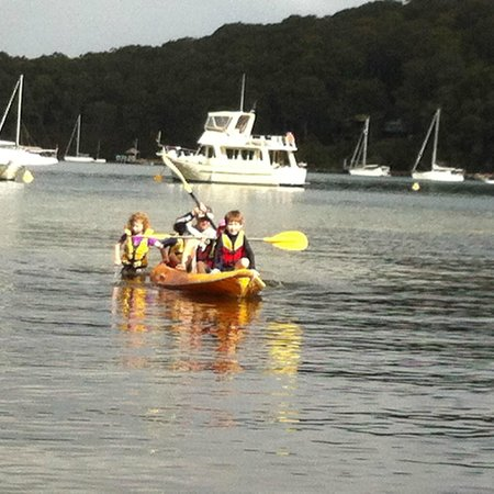 Pittwater YHA : having fun on the waterways