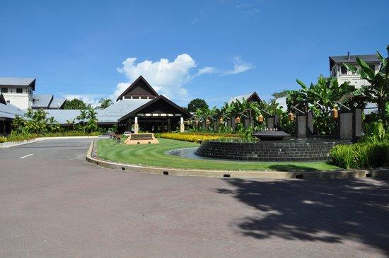 Shangri-La's Rasa Ria Resort & Spa: Garden Wing