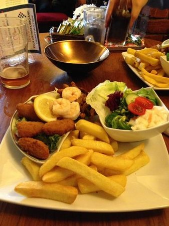 The Greyhound Hickling