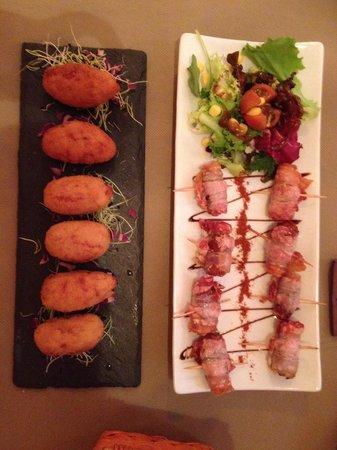 Restaurant Sa Casa : Kroketten mit Jamon iberico und Datteln im speckmantel gefüllt mit Ziegenkäse