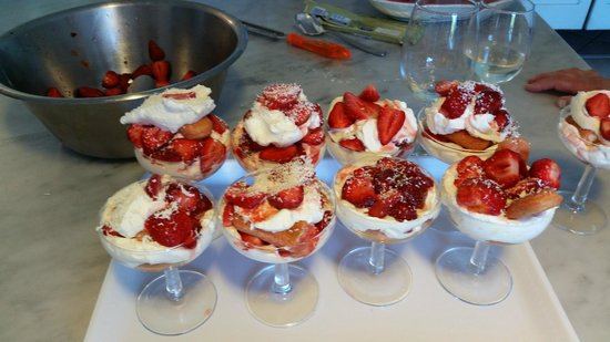 Mami Camilla Cooking School : Strawberry Tiramisu