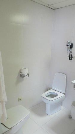 Aparthotel Atenea : с у