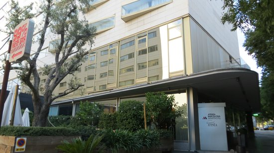 Aparthotel Atenea: фасад отеля