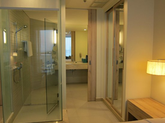 Holiday Inn Pattaya: Bathroom