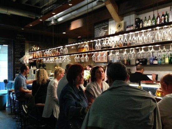 La Taberna del Gourmet: The bar