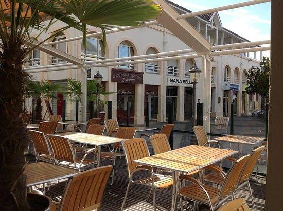 Brasserie de L Hotel de Ville : terrasse