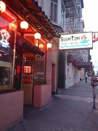 Sushi Toni外観