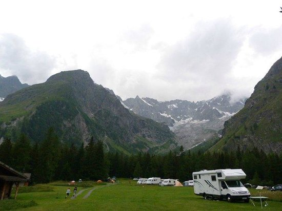 Camping Des Glaciers: view from the site