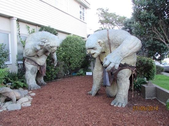 outside the weta caves