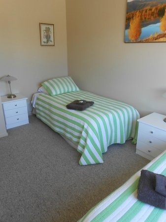 Pete's Farm Stay B&B : second bedroom