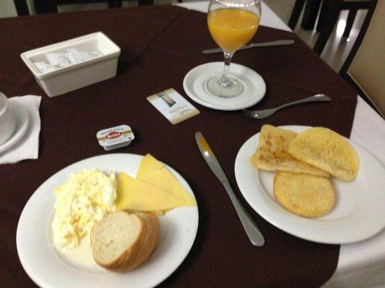 Al Walid Hotel : Breakfast