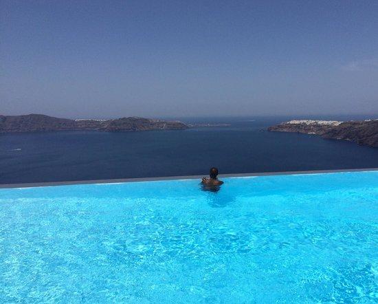 Anastasis Apartments: The pool