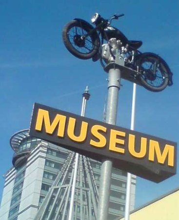 Congress Centrum Suhl: Museum Hinweis.
