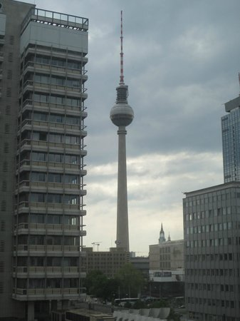 Holiday Inn Berlin Centre Alexanderplatz: TV tower