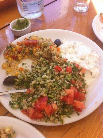 Fokos Taverna: quinoa e taboule