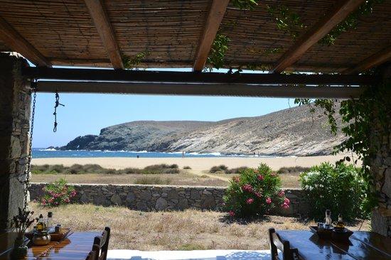 Fokos Taverna: vista dalla taverna