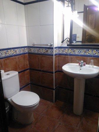 Hostal Dalis: il bagno
