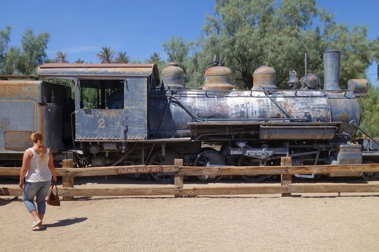 Furnace Creek Inn and Ranch Resort : mini outdoor musem on site too