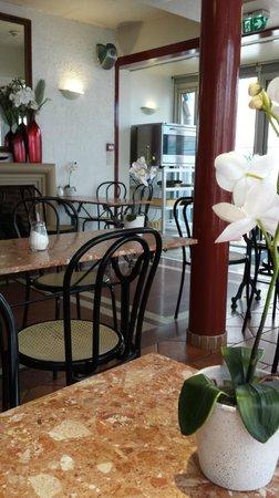 Hotel Castellane: Salle à manger intérieure