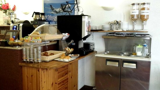Hotel Castellane: Buffet petit déjeuner