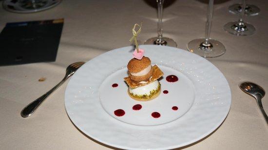 Chateau De Courcelles : Yummy dessert