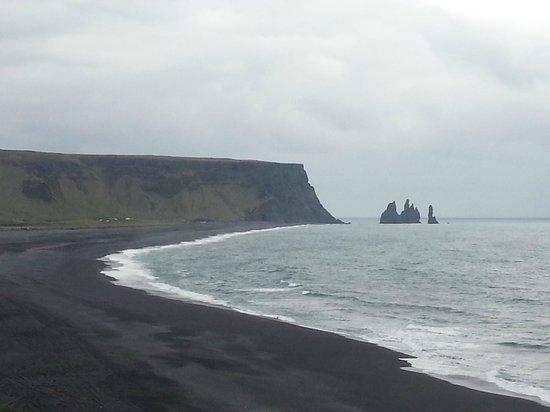 Black Sand Beach : Playa