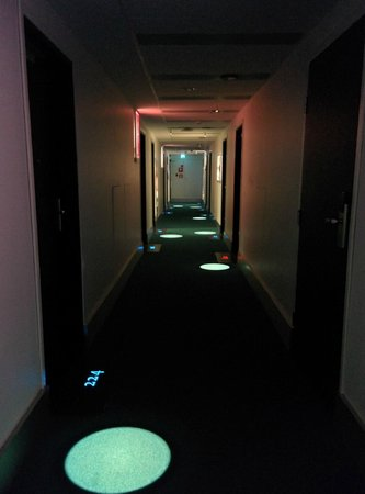 Radisson Blu Plaza Hotel, Helsinki: Very cool hallway