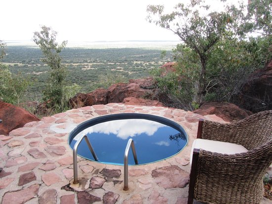 Waterberg Wilderness Lodge: Terasse mit Tauchbecken