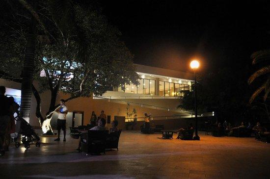 Viva Wyndham Maya: La Terazza by night