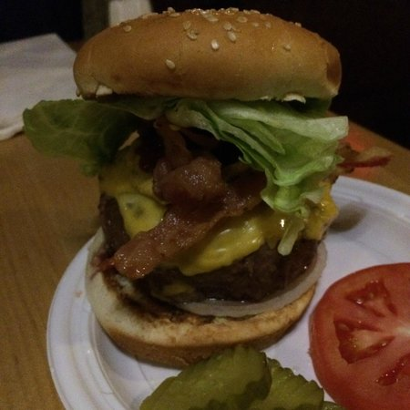 Corner Bistro : Bacon Cheeseburger