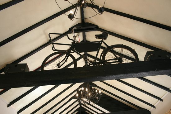 The Green Man: Dining Room Feature