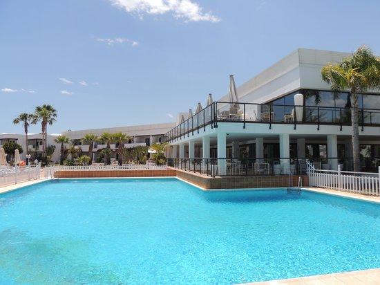 Parador de Mojacar: Pool,Cafe/Restaurant area