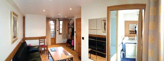 Hôtel et Spa Le Lion d'Or : Chambre Duplex 25