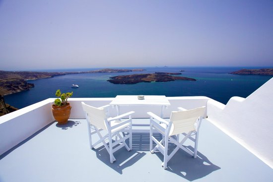 Altana Traditional Houses and Suites: Our balcony
